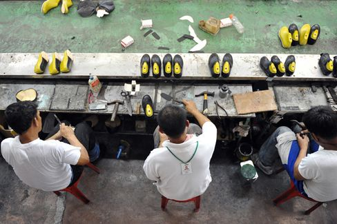 Young Workers Give Southeast Asia an Edge