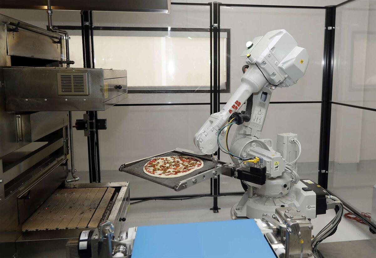 Money Stuff: Robot Pizza Trucks Hit Some Bumps