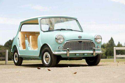 A Golf Cart on Steroids: Doorless 1962 Mini Fetches $181,000