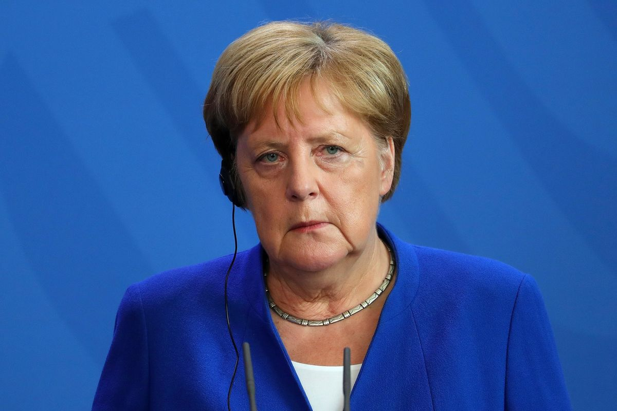 Merkel Rejects Growing Calls to Fend Off Slowdown With More Spending