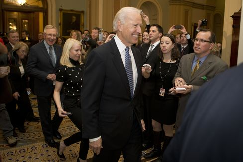 Biden Becomes McConnell's Dance Partner to Save Fiscal Talks