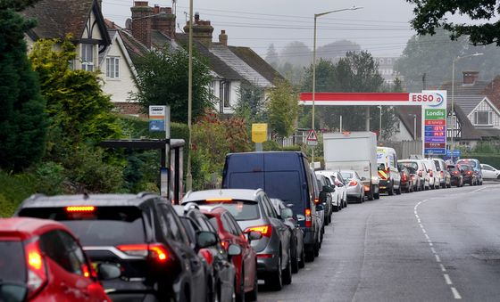 U.K. Fuel Stations Will Take Weeks to Return to Normal