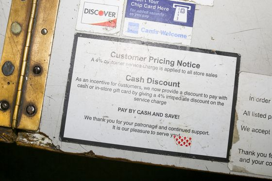 Cash Discounts Come Back as Small Businesses Tire of Swipe Fees