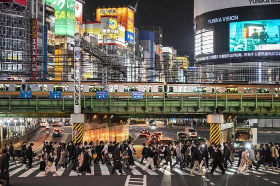 U.S. Vaccination Drive Picks Up, Japan Seeks Curbs: Virus Update