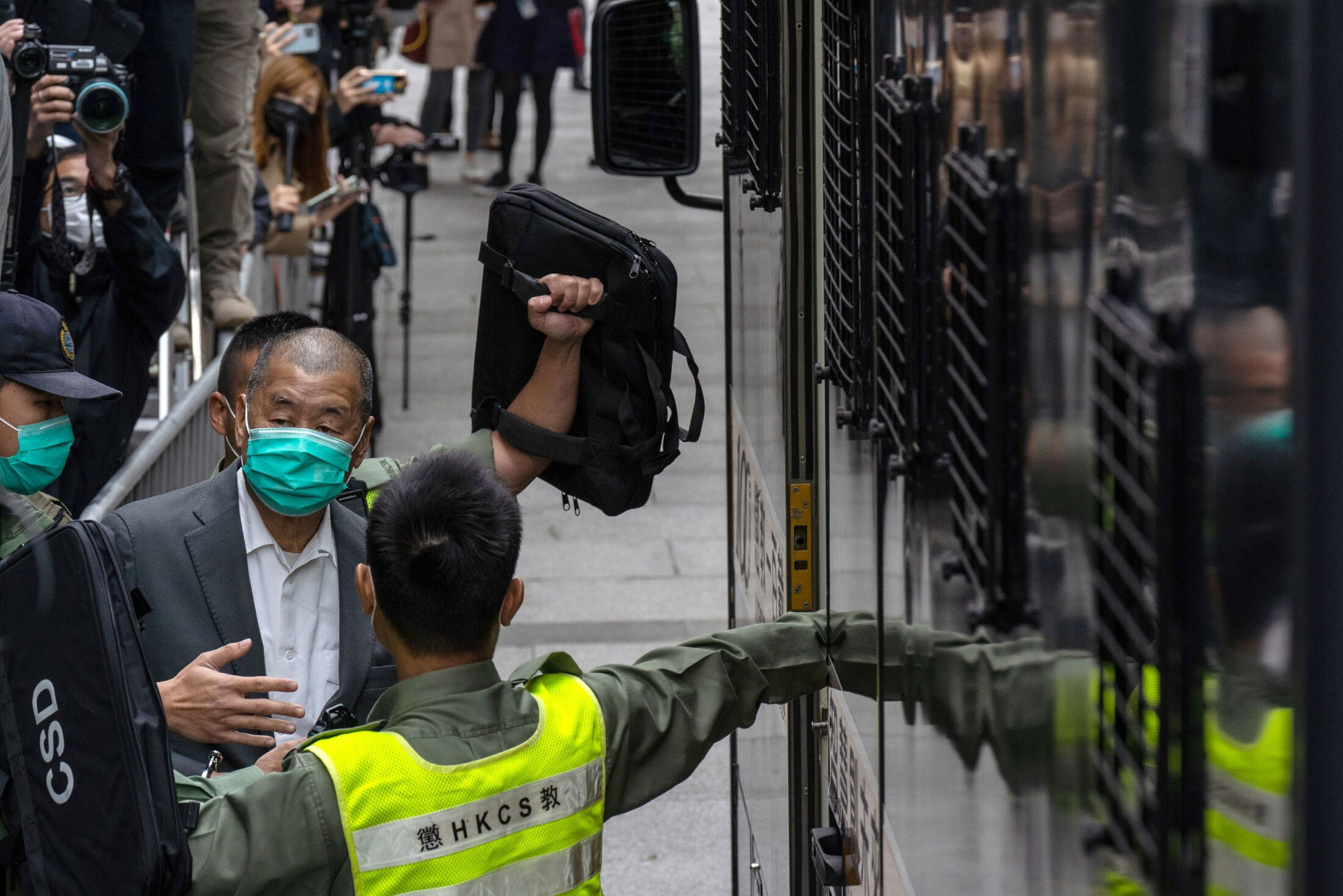 relates to Up to a million people fleeing Hong Kong could perfectly adapt to China