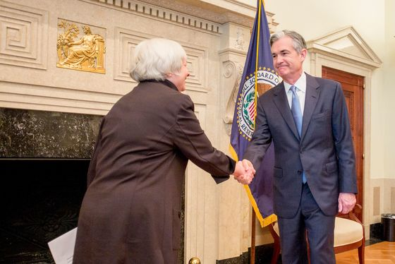 Powell Wins a Place in Pantheon of Fed Chiefs Alongside Volcker