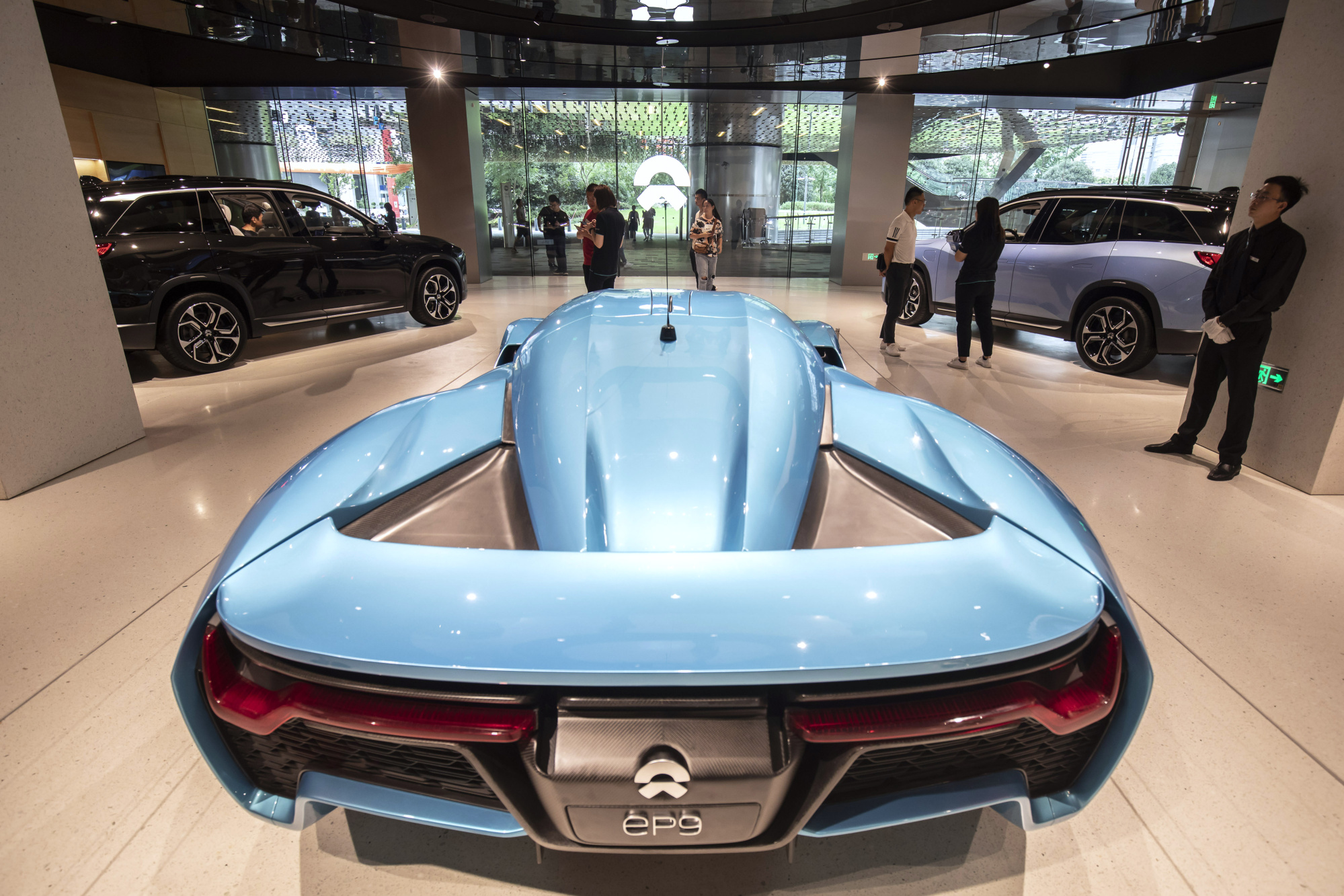 Nio Boosts Size Of Share Sale Amid Electric Car Stock Frenzy Bloomberg
