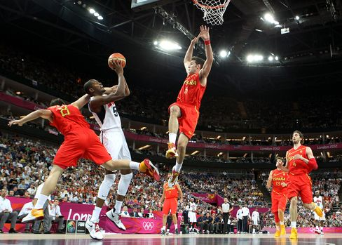U.S. Wins Men's Basketball