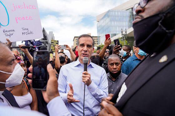 Reopened Los Angeles Sleepwalks Into Peril of Resurgent Pandemic