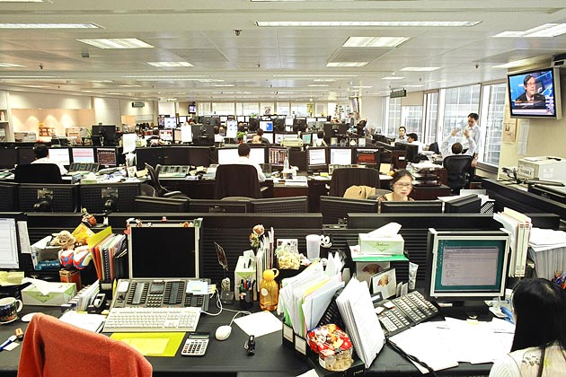 open office cubicles. are you for open offices or cubicles office