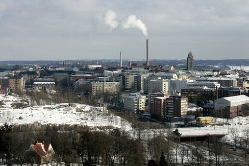 Finnish Economy Joins Euro Area in Recession on Investments