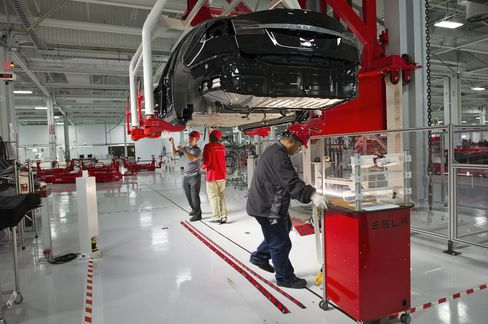 Tesla to Begin Repaying U.S. Electric-Car Loans by End of 2012