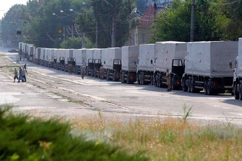 The Russian Aid Convoy Is in Ukraine. So Is Russian Artillery, Says NATO