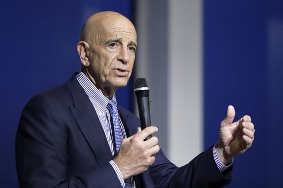 Tom Barrack to Appear in California Court for Bail Hearing
