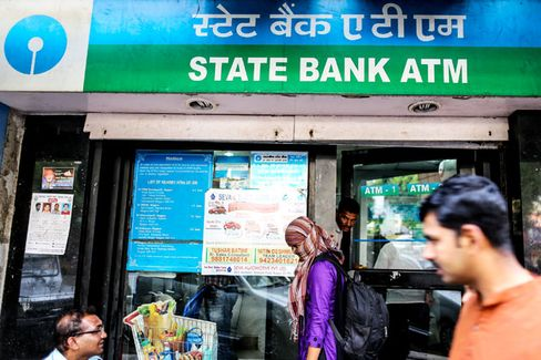 Forget Microlending. India Needs Basic, Competent Credit Reporting