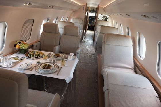 Wealthy Jump to Private Jets to Duck Airlines and Cut Virus Risk
