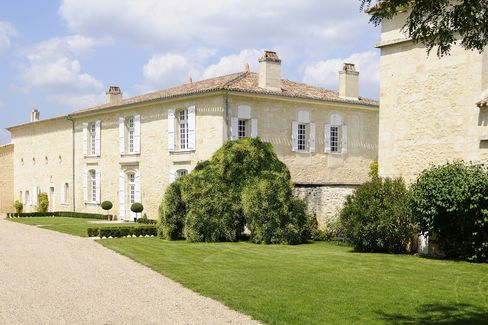 Chateau de Sours, which is situated on a limestone plateau overlooking Saint-Émilion in Saint-Quentin-de-Baron, was purchased by Ma in February. He's undertaking massive building improvements.