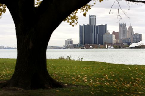 Detroit Fights Michigan for Control of Jewel-Like Belle Isle as