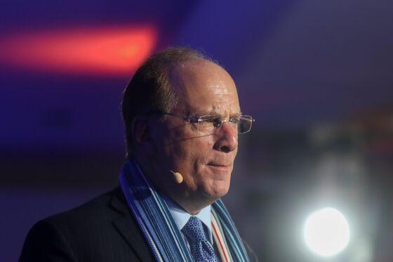 BlackRock's Fink Raises Salaries 8% While He Eyes Inflation