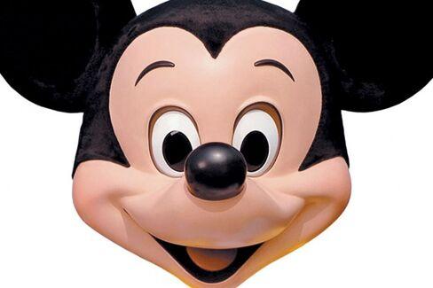 Disney Bets $1 Billion on Technology to Track Theme-Park Visitors