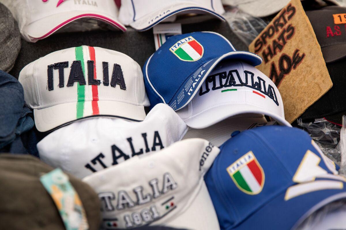 Italy Suffers Recession Alone in Economic, Political Isolation