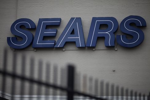 Sears, Kohl's Lead Retail Declines Ahead of Monthly Sales Report