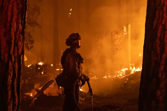 PG&E Judge Asks Why Power Wasn't Cut on Line Linked to Fire