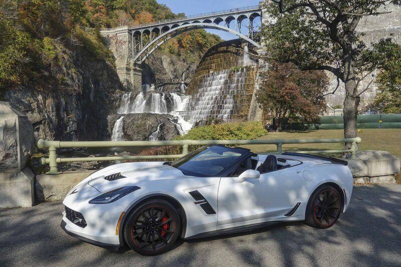 2017 Chevy Corvette Grand Sport Review Bloomberg 14