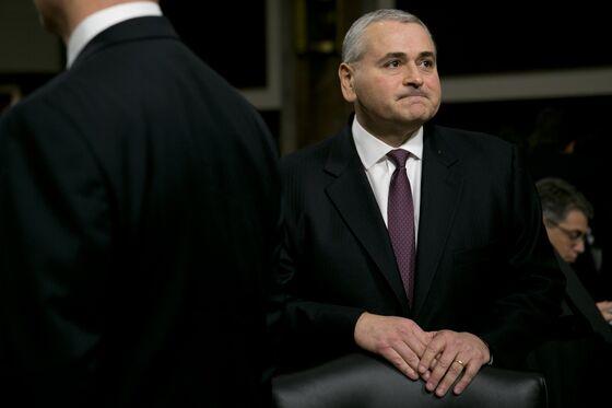 Ex-JPMorgan CFO, Now Activist, Bets Big on Deutsche Bank CEO