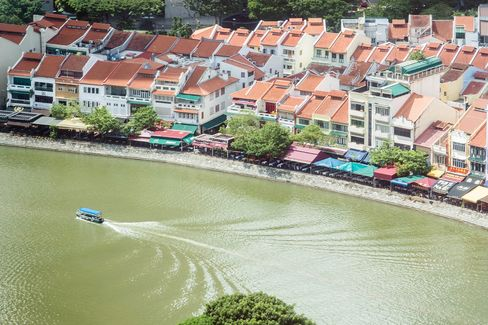 Singapore Home-Price Drop in 2016 Might Prompt Reversal of Curbs