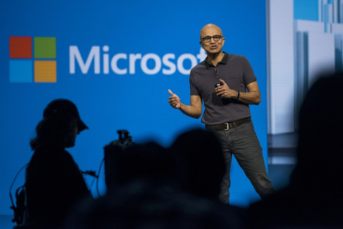 a history of how microsoft corporation made its success in it business A history of microsoft's founding, from 1975 through 2000 in 1980, not long after microsoft moved to washington, ibm needed someone to make an operating system for its forthcoming ibm pc.
