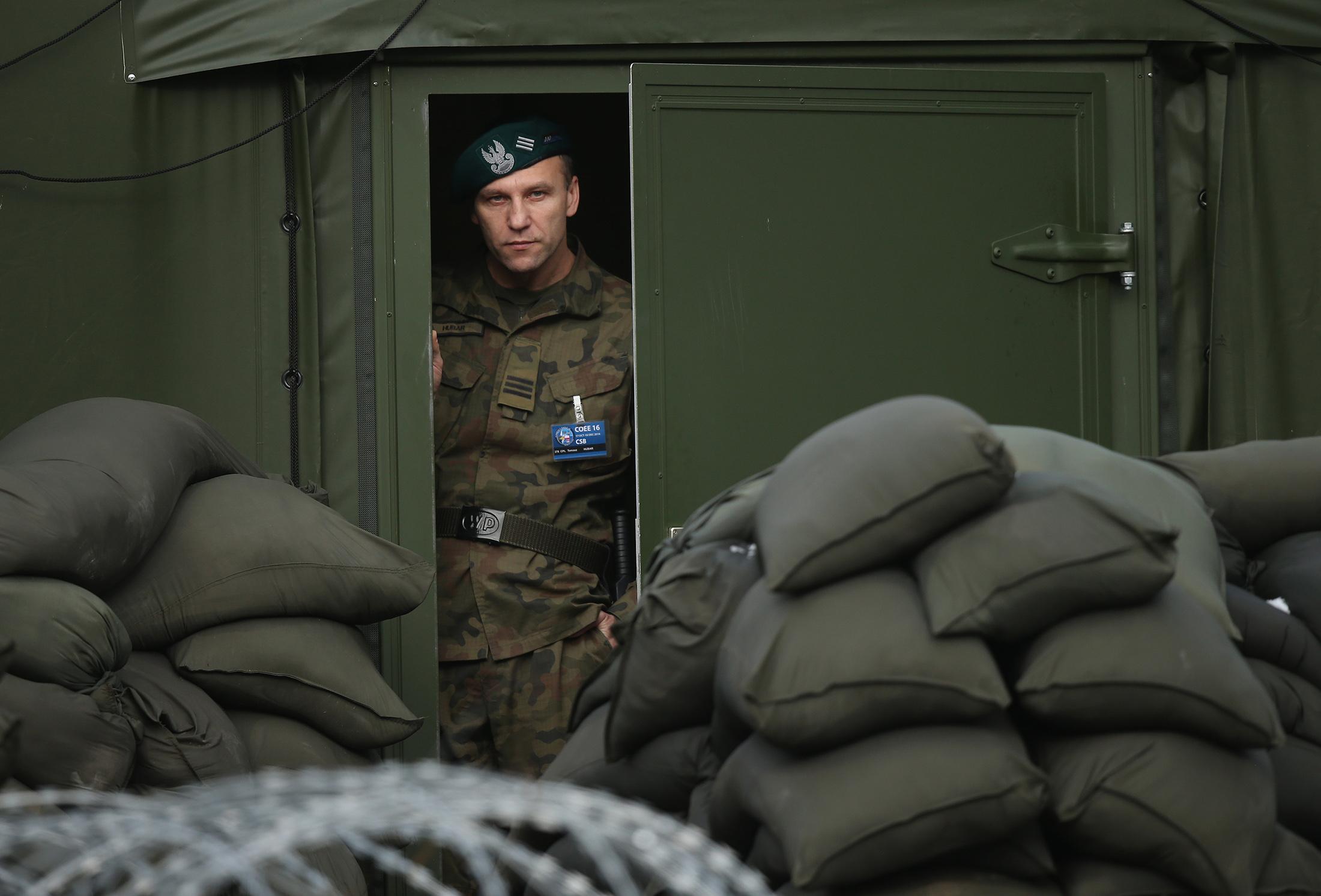 Trump Slams NATO, Floats Russia Nuke Deal in European Interview