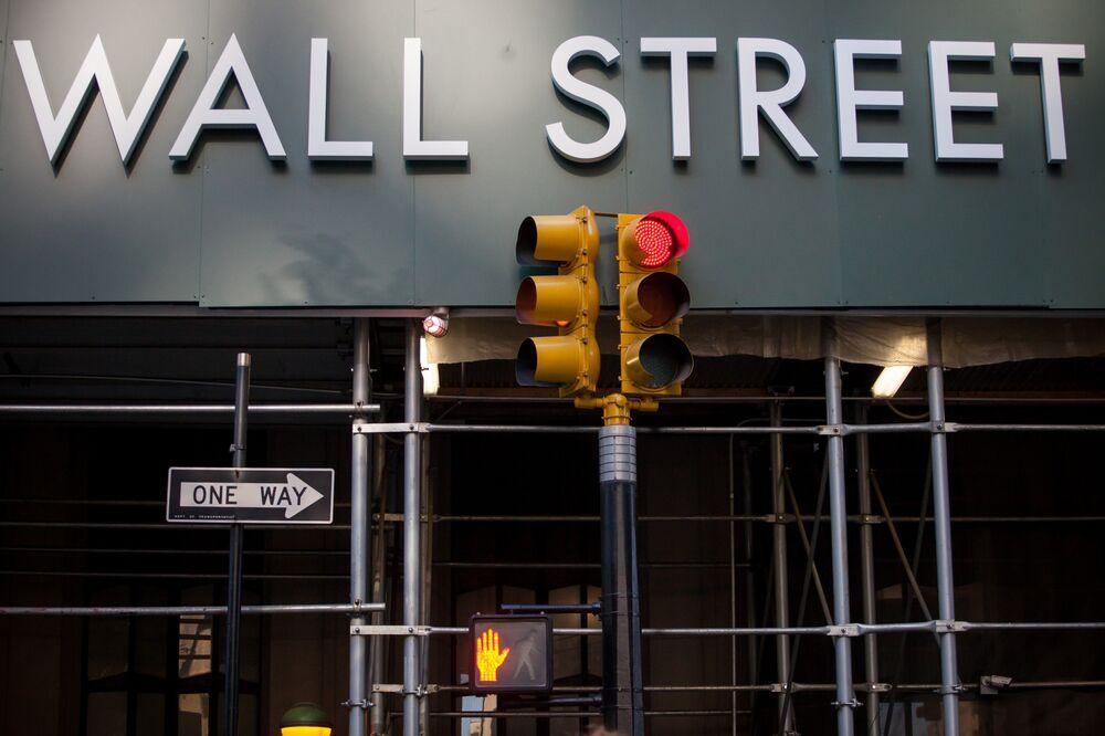 1 Wall Street near the New York Stock Exchange.