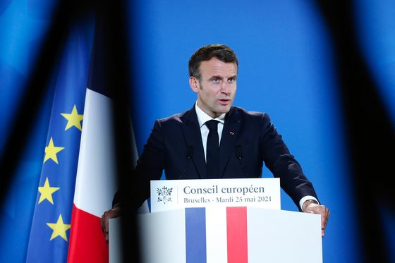 France Says Controversial Pension Reform Is Key to Woo Investors