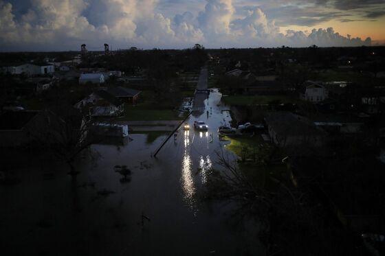 Louisiana Politicians Fume Over Prospect of Long Blackouts