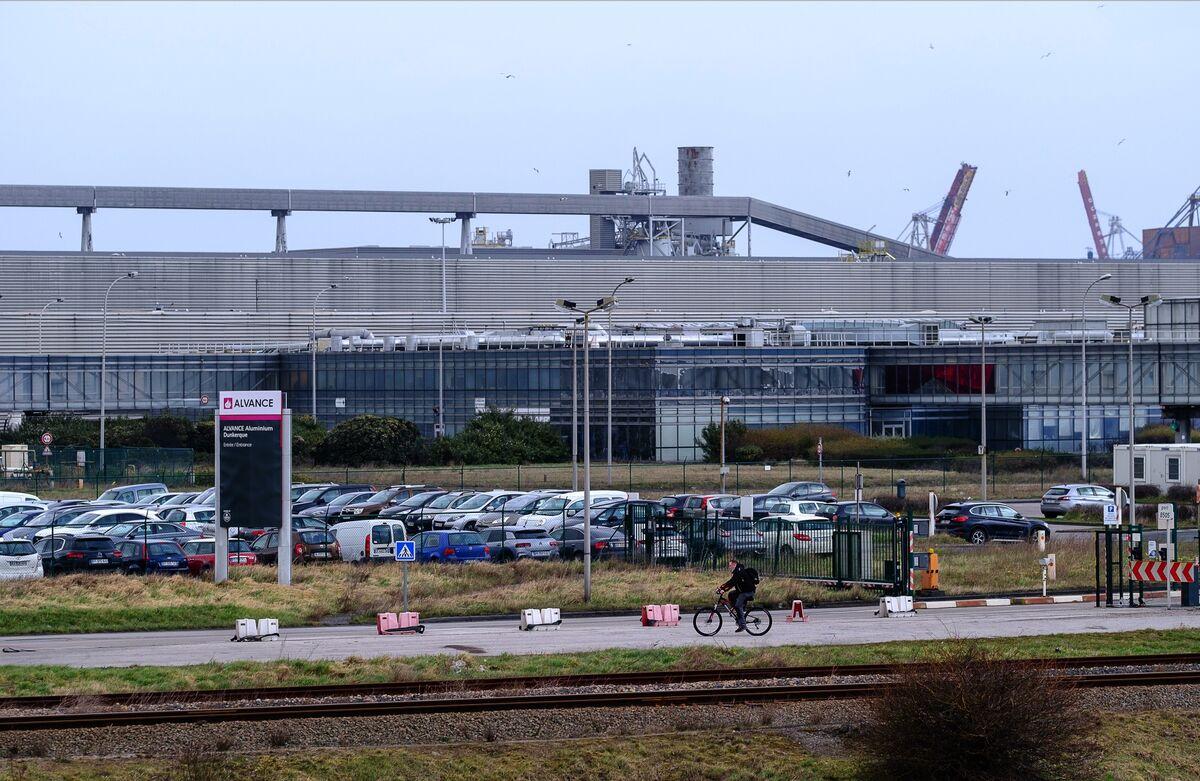 Sanjeev Gupta's Grip Over Dunkirk Smelter at Risk as BNP Seeks Loan Sale
