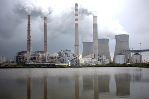Tennessee Valley Authority Defies McConnell as It Cuts Coal 50%