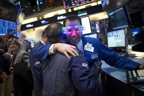 U.S. Stocks Rally as Lawmakers Pass Federal Budget Agreement