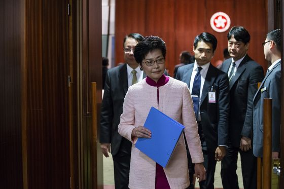 Pressure Builds to Open Asia's All-Male Boardrooms to Women