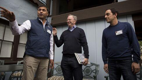 Arora, Google's Eric Schmidt and Salar Kamangar