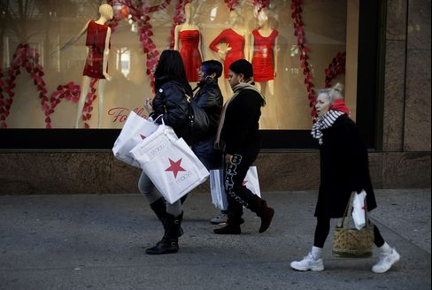 U.S. Consumer Comfort Index Climbs to Highest Level in Year