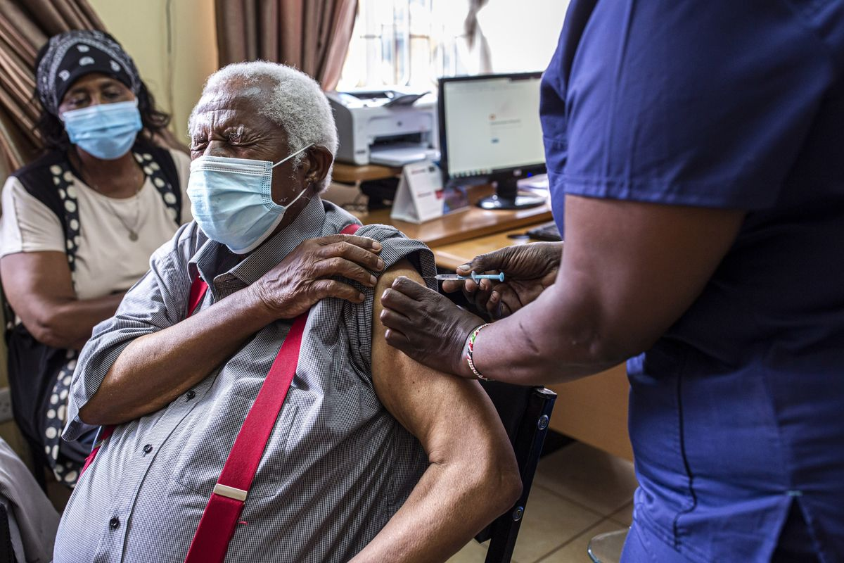 Pfizer, Moderna Pledge More Covid Vaccines for Poorer Countries