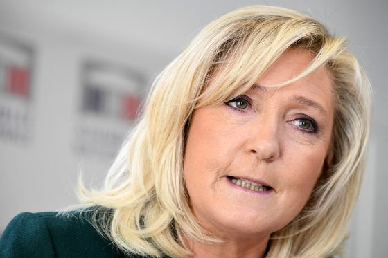Le Pen on Defensive as Retired French Generals Talk of Revolt