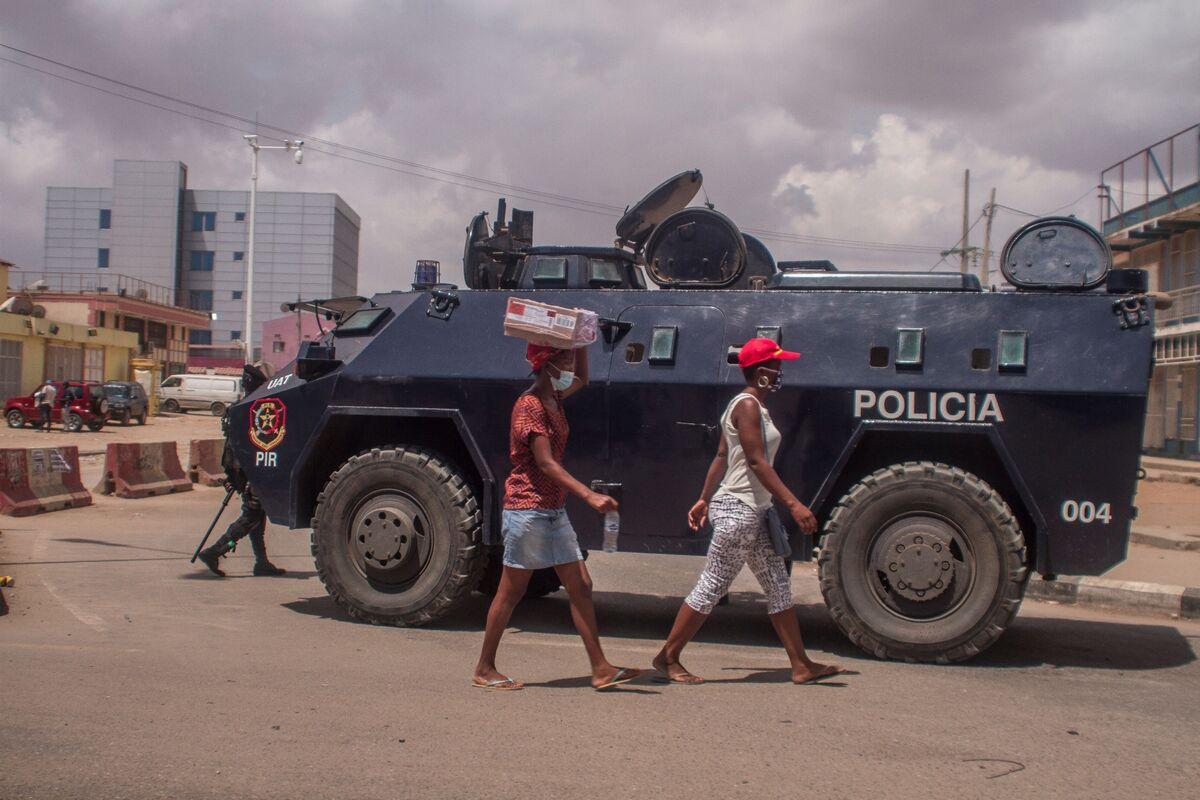 Angola Renegotiating Debt With Main Lenders, President Says