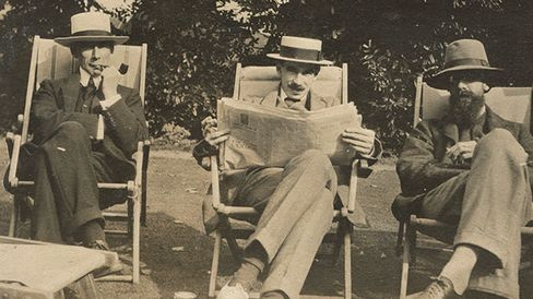 William Russell, Keynes, and Lytton Strachey in 1915