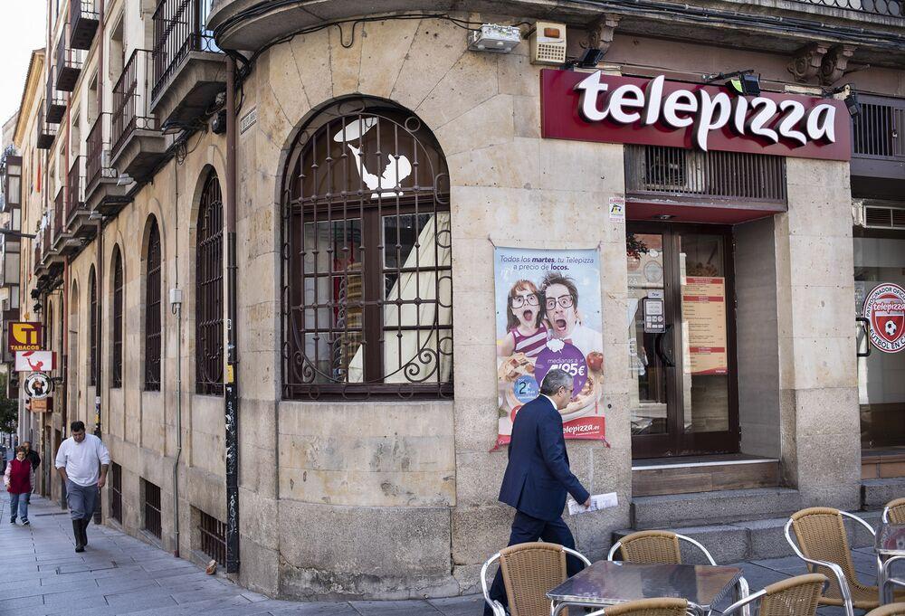 Kkr Should Boost Spain Pizza Chain Offer Shareholder Argues