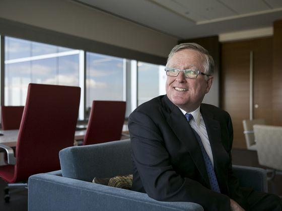 David Booth's Dimensional Flips $8 Billion of Assets Into ETFs