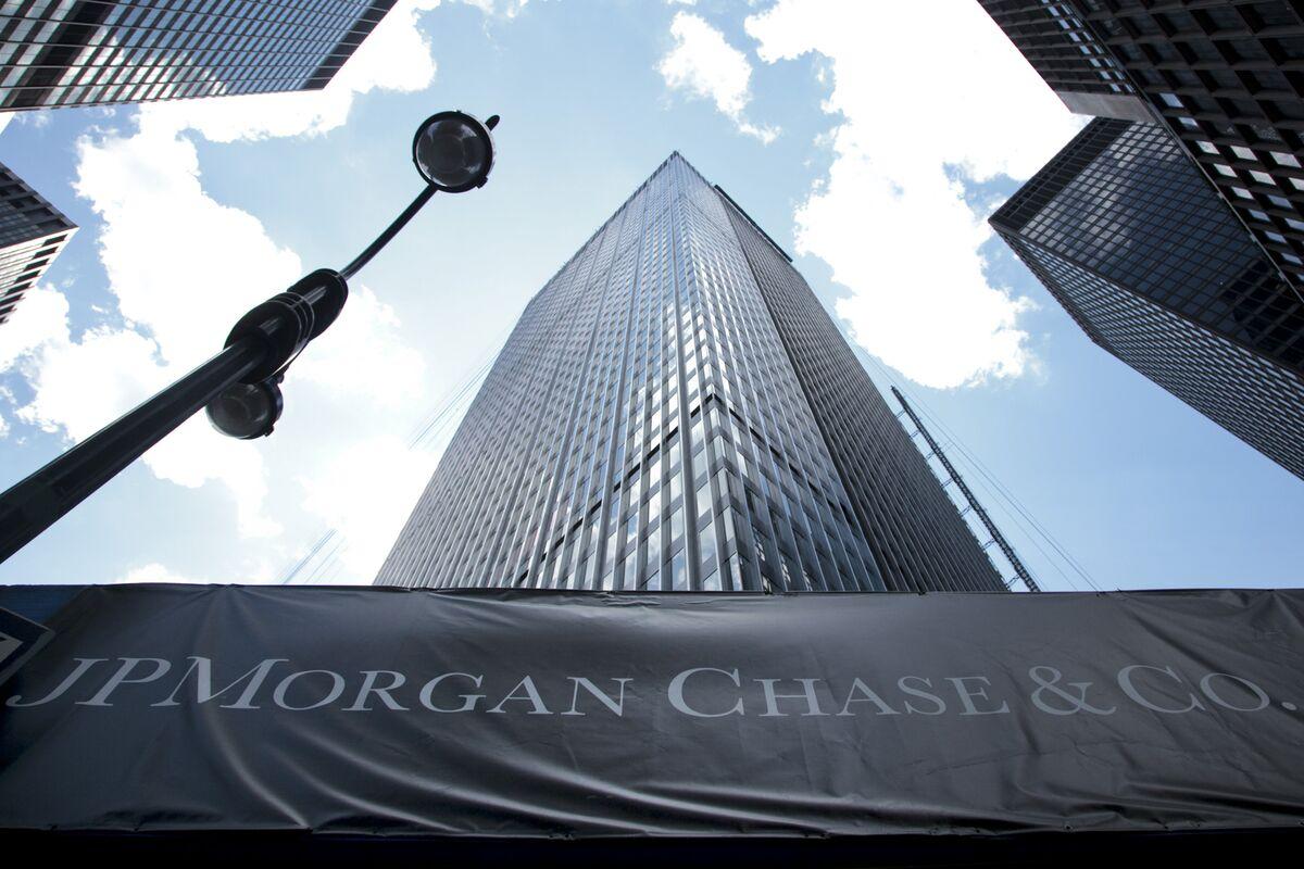JPMorgan Asset Says 60/40 Rethink Needs Alternative Investments