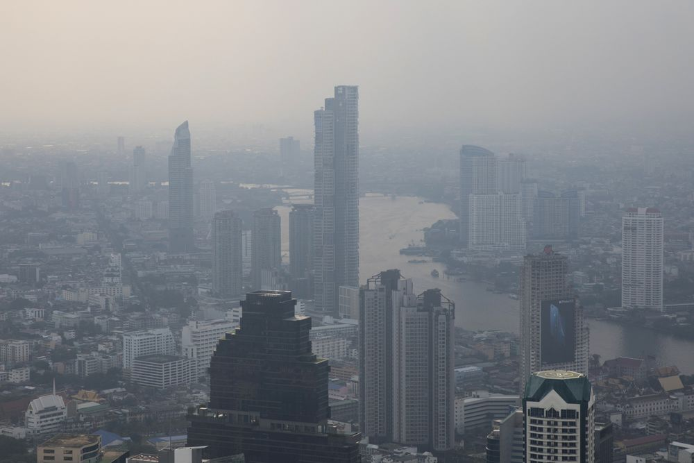 The World's Most-Visited City Faces a Battle Against Toxic Smog
