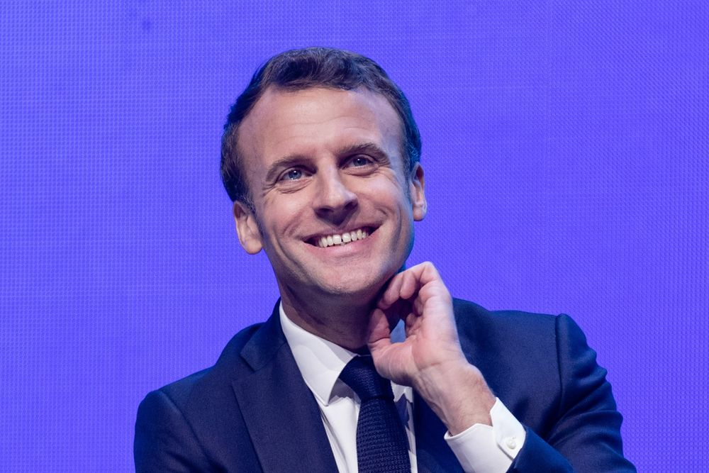 Macron S Approval Rating Inches Higher To 30 In Ifop Poll Bloomberg